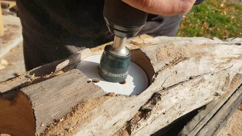 Löcher in Holz bohren