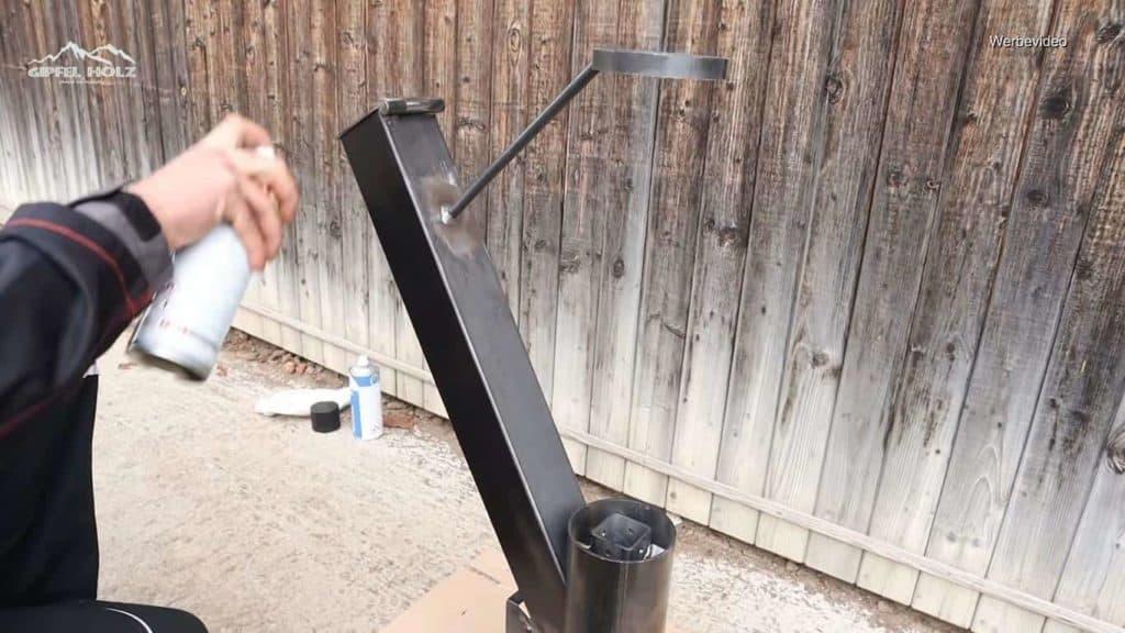 Feuerrohr lackieren