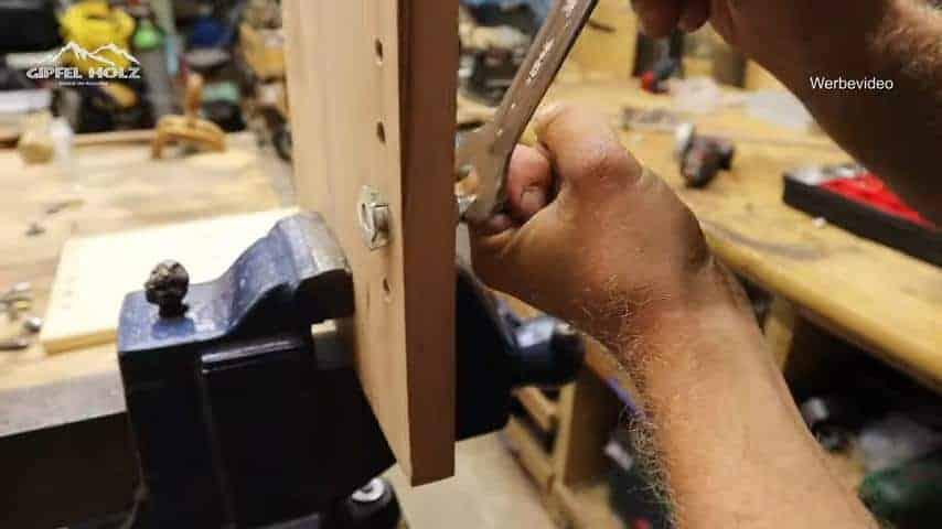 Gewinde in Holz fertigen