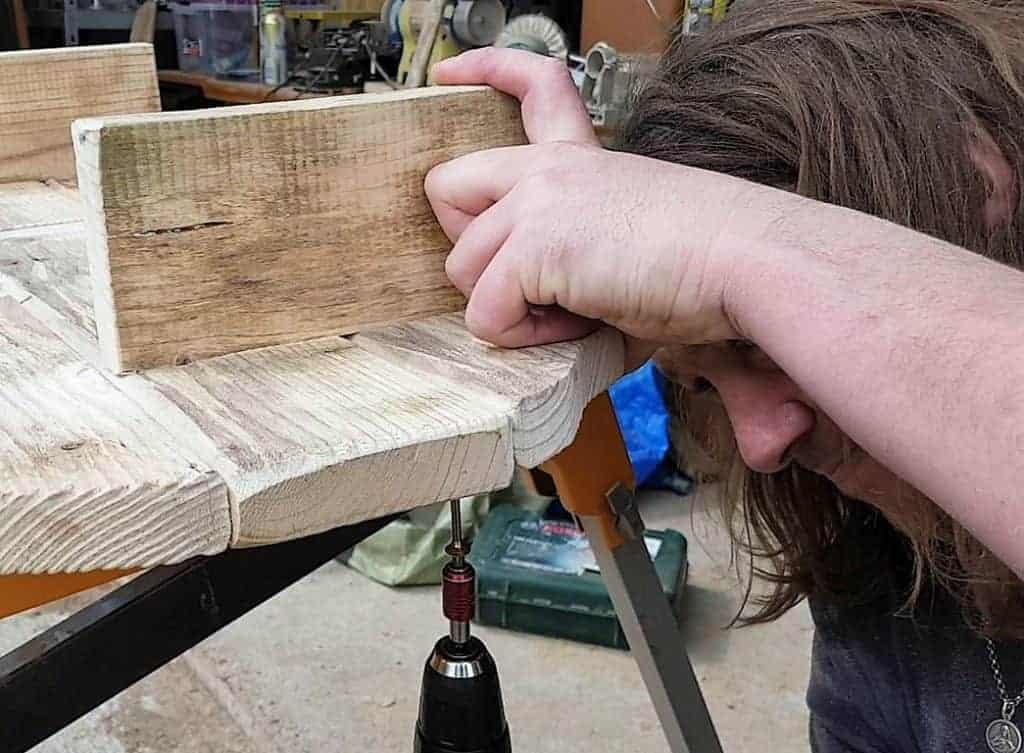 Regal aus Treibholz bauen